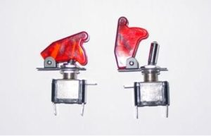 AIRCRAFT TOGGLE SWITCH RED CLEAR COVER, LED RED